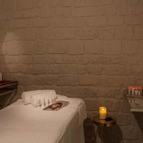 A great gift idea from Les Bulles de Paris; care treatments for two