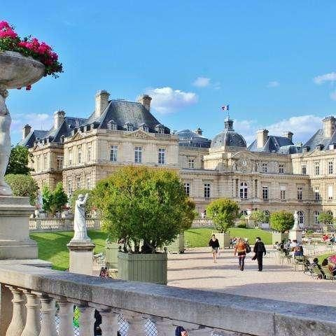 The Jardin du Luxembourg; plunge into a poetic park